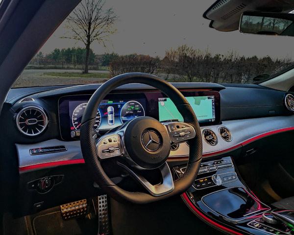 Steigen Sie ein in einen Langzeitmietwagen von Mercedes-Benz